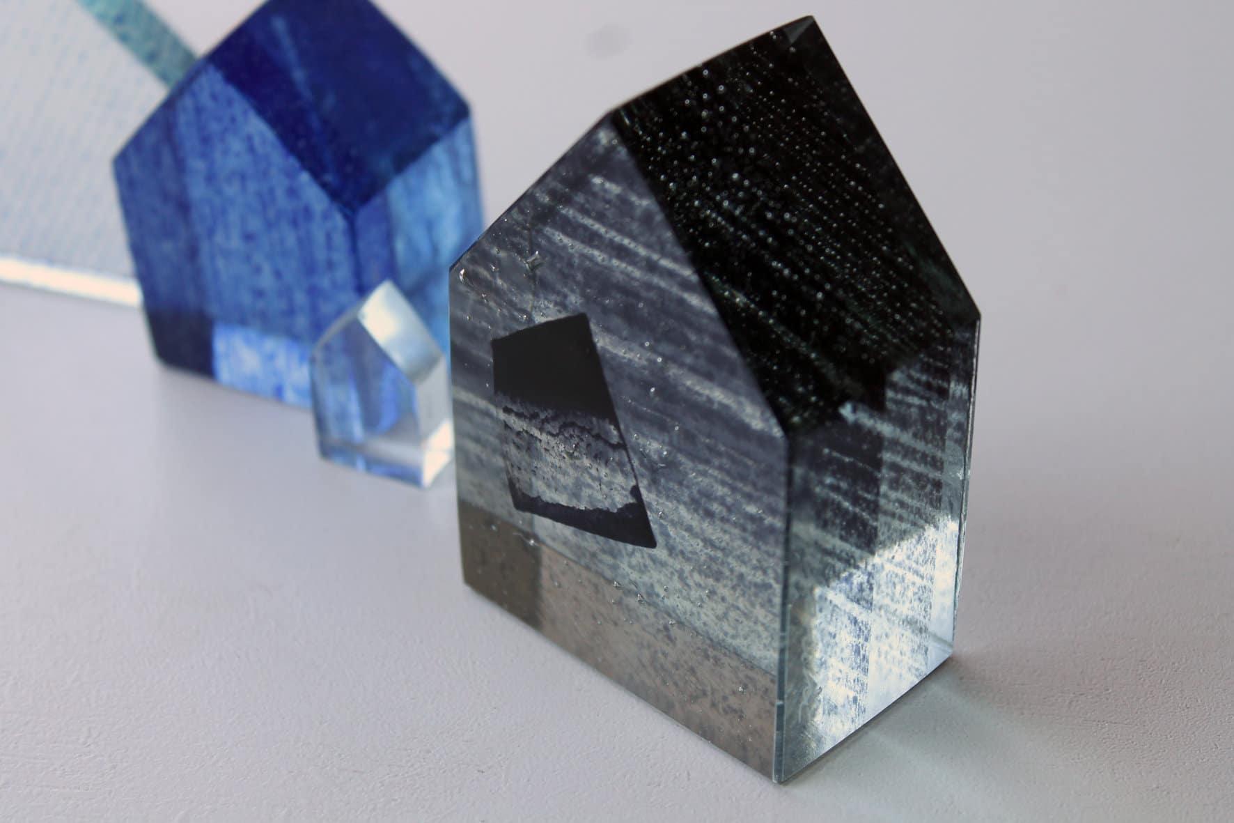 maison feuille de verre